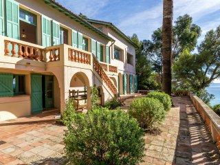 Villa - Rayol Canadel Sur Mer - Beautiful seaside villa, near the beach in Rayol-Canadel-sur-Mer - Cavaliere vacation rentals