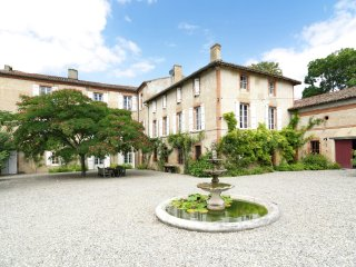 Château de Montadet - Pass your holiday in an authentic castle in the Hautes-Pyrénées near Montadet - Lombez vacation rentals