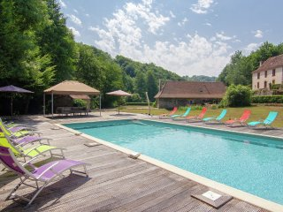 Moulin du Bouc - Two authentic holiday homes on a magnificant spot with private heated pool. - Saint-Medard-d'Excideuil vacation rentals
