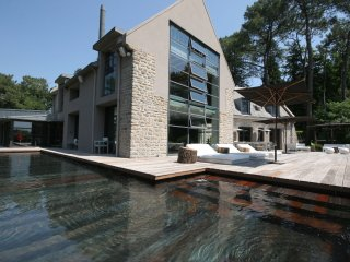 Les Pins - Luxury villa with large garden, swimming pool, gym, sauna and stunning views - Riec-sur-Belon vacation rentals