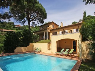 Croix Valmer Heights - Mediterranean villa with private pool and panoramic views. A short distance from town and Sea - La Croix-Valmer vacation rentals