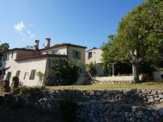 La Haute Manuelle 12 - Characteristic country house, private estate of 9 ha. with private pool (20 x 10 m) - Entrecasteaux vacation rentals