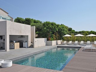 Villa Six cent douze - Be seduced by extreme luxury on the Côte d'Azur! - Les Issambres vacation rentals
