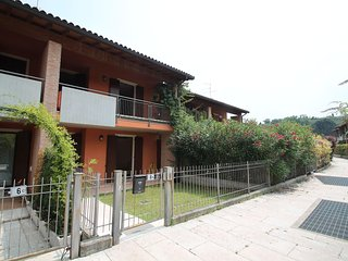 Beautiful Condo with Television and Balcony - Custoza vacation rentals