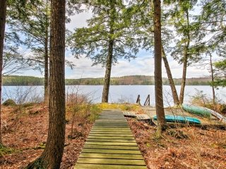 NEW! Lakeside 4BR Francestown Home w/Private Dock - Francestown vacation rentals