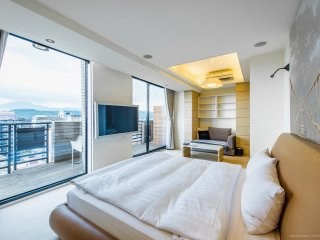 [1403] Deluxe apartment w/nice view - Taipei vacation rentals