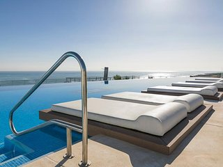 Infinity View luxury Penthouse beach front - Los Arenales del Sol vacation rentals