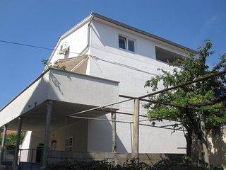 Step to the sea apartment Natasa - Tkon vacation rentals