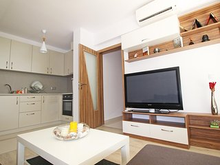 Lilly's 2 - Brand new and central in perfect area - Plovdiv vacation rentals