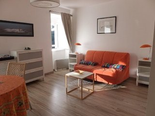 Nice Studio with Central Heating and Television - Saint-Michel-en-Greve vacation rentals