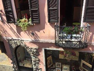 NICE FLAT CLOSE TO MAIN SQUARE,  LAKE, TOWNHALL - Orta San Giulio vacation rentals