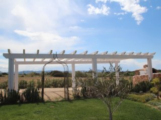 Comfortable 3 bedroom House in Badesi with Internet Access - Badesi vacation rentals