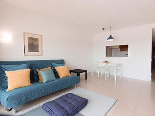 Nice sea view flat in  Wave House Resort Best location in Magaluf - Magalluf vacation rentals