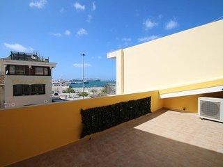 Comfortable 2 bedroom Condo in Porto Torres - Porto Torres vacation rentals