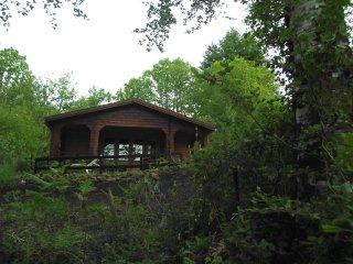 Chalet en pleine nature, 5 personnes, tout équipé et piscine. - Auriac vacation rentals
