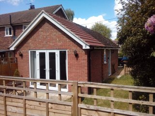 Chestnut Cottage East Bergholt in the heart of Beautiful Constable Country - East Bergholt vacation rentals