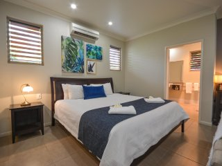 Blue Summit Hideaway - King Spa 5 Villa - Yungaburra vacation rentals