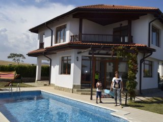 2 BDR Seaside Villa with private pool & garden near Nesebar & Sunny Beach - Aheloy vacation rentals