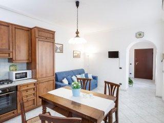 Romantic 1 bedroom Condo in Viverone - Viverone vacation rentals