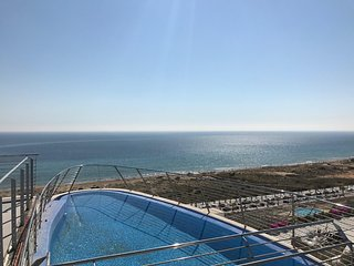 Infinity View amazing 2 bed apartment overlooking beach - Los Arenales del Sol vacation rentals