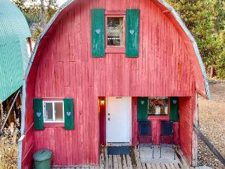 Serenity Cottage an A-Frame Cottage on Lake Idabel, for the true outdoors. - Idabel Lake vacation rentals