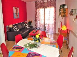 Perfect Condo with Internet Access and A/C - Lloret de Mar vacation rentals