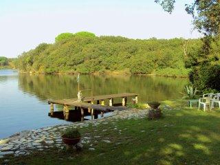 Villa Gaia - Charming stone cottage at the lake, near the beach in Sabaudia - Sabaudia vacation rentals