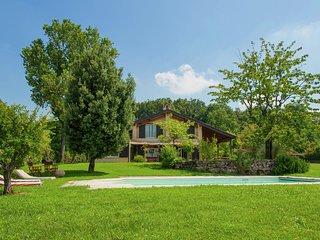 Villa Carpaneto - Villa with private swimming pool, spacious garden and breathtaking view - Carpaneto Piacentino vacation rentals