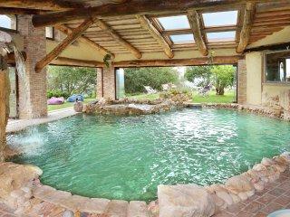 Villa Mezzeria - Luxurious villa, near Orvieto, with heated pool and private spa - Guardea vacation rentals