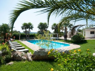 Trulli Oleandro - Private pool surrounded by greenery, the outside area is great for relaxing - Locorotondo vacation rentals