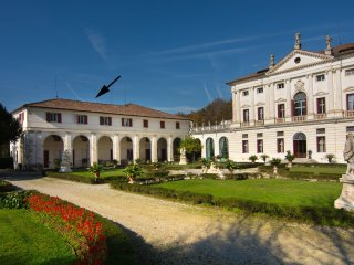 Villa Veneta Padova Due - Exclusive accommodation in a historic Venetian villa, private pool and garden. - Piombino Dese vacation rentals