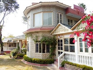 Well-furnished duplex room with a stunning view - Chamba vacation rentals