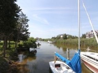 Bright 5 bedroom House in Westhampton with Waterfront - Westhampton vacation rentals