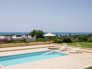 Villa Smeraldo - Magnificent villa with private pool and garden, just 900 meters from the beach - Sampieri vacation rentals