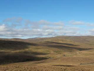 An isolated bothy at 1400 feet, beside the old A6.  Basic facilities only. - Shap vacation rentals