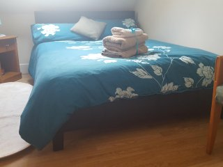 9) Cosy and comfy Double room with bathroom and kitchennete - Greenford vacation rentals