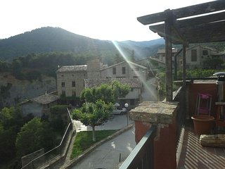 Salàs Home Base - Vacation Home - Salas de Pallars vacation rentals