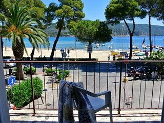 Beautiful 2 bedroom House in Marina Di Campo - Marina Di Campo vacation rentals