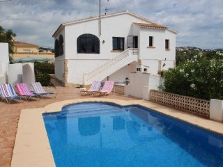 Flandes - traditionally furnished detached villa with peaceful surroundings in - Benissa vacation rentals