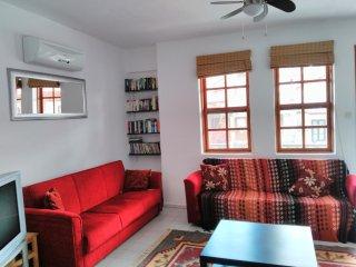 Akyaka central location. Spacious 2 bedroom apartment  near beach (Ezmi 2) - Akyaka vacation rentals