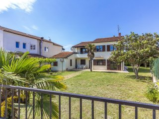 Well Positioned Villa Conto with large garden - Medulin vacation rentals