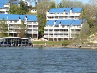 PET FRIENDLY* Boat Slip 28 foot * LAKE FRONT* Osage BEACH  GRAND GLAZE - Osage Beach vacation rentals