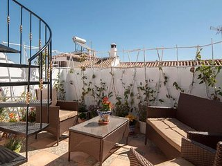 Lovely apartment, wifi, near Caminito del Rey - Ardales vacation rentals