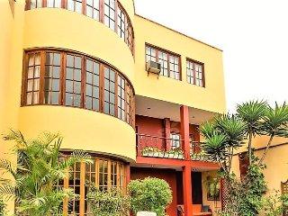 Duplex - Lima vacation rentals
