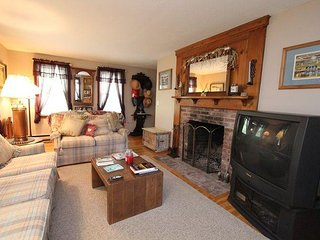 3 bedroom House with Deck in West Yarmouth - West Yarmouth vacation rentals