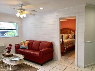 Siesta Beach -Hide-A-Way Suite- - Siesta Key vacation rentals
