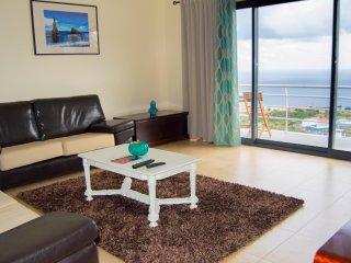 Sunny 4 bedroom Villa in Santa Cruz - Santa Cruz vacation rentals