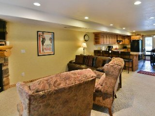 Deluxe- 2 BR Moose Hollow Condo - Eden vacation rentals