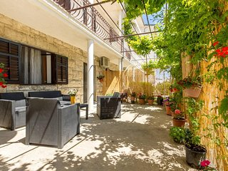 Apartment Lea - Split vacation rentals