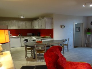 Nice Gite with Washing Machine and Television - Trebas vacation rentals